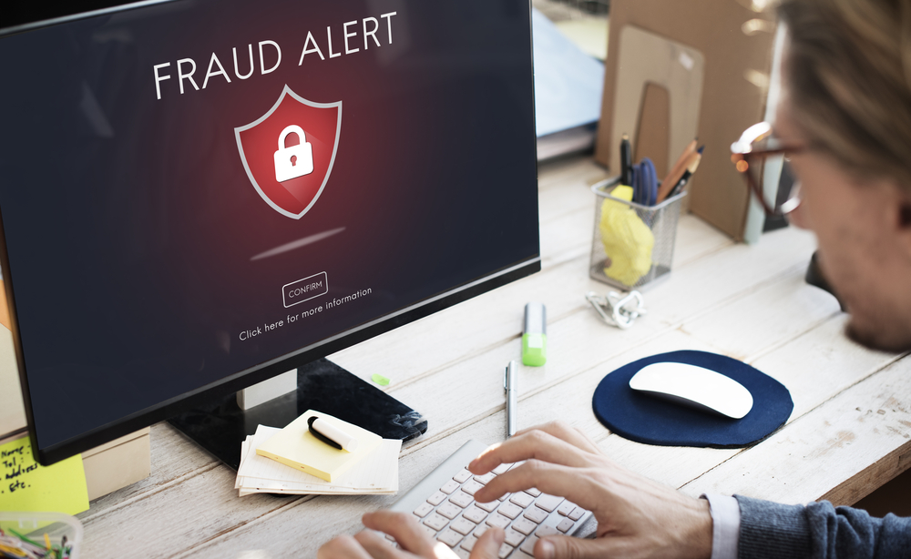 Fraud alert on the computer
